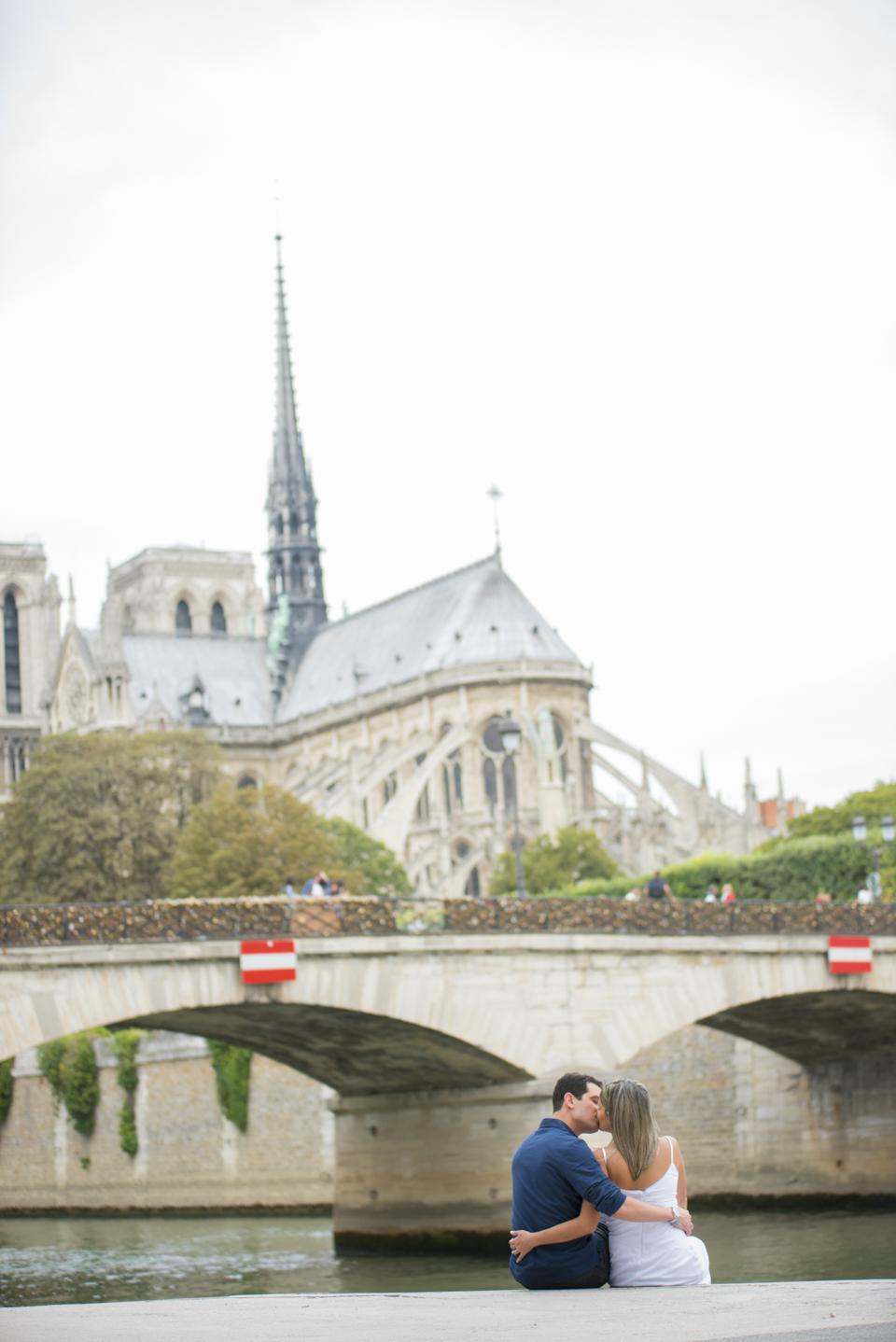 Bodas de papel em Paris