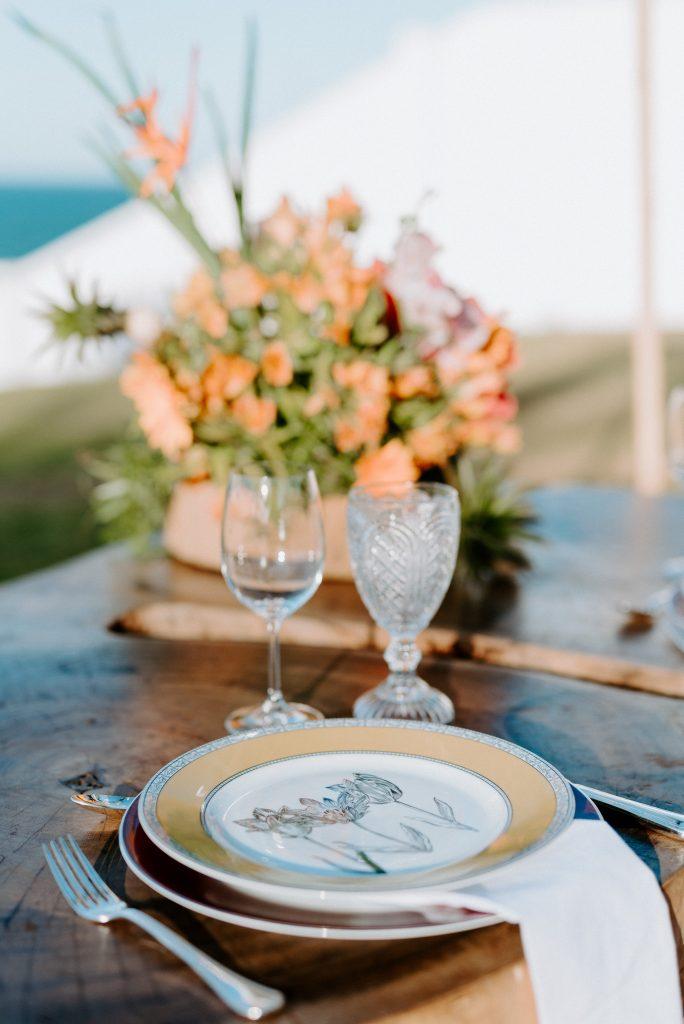 Mesa posta jantar praia